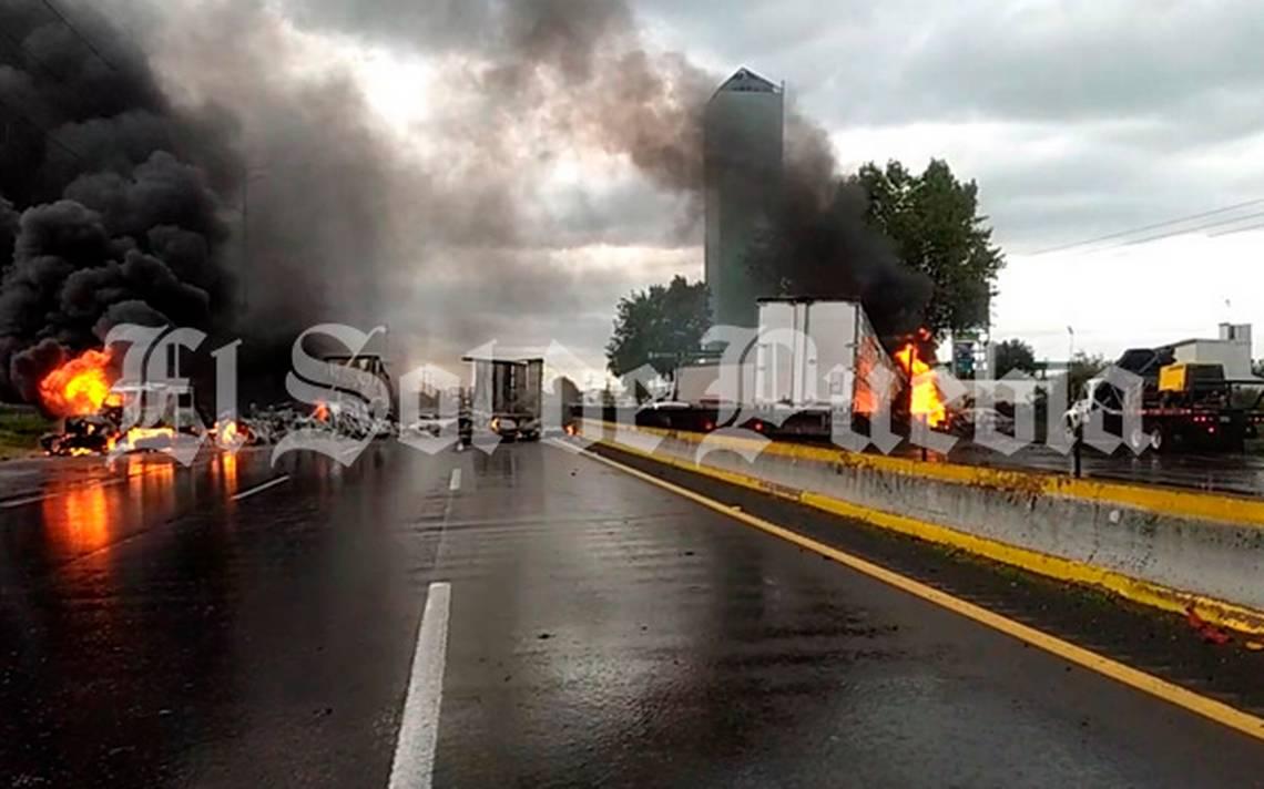 Reportan bloqueo sobre la autopista México-Puebla