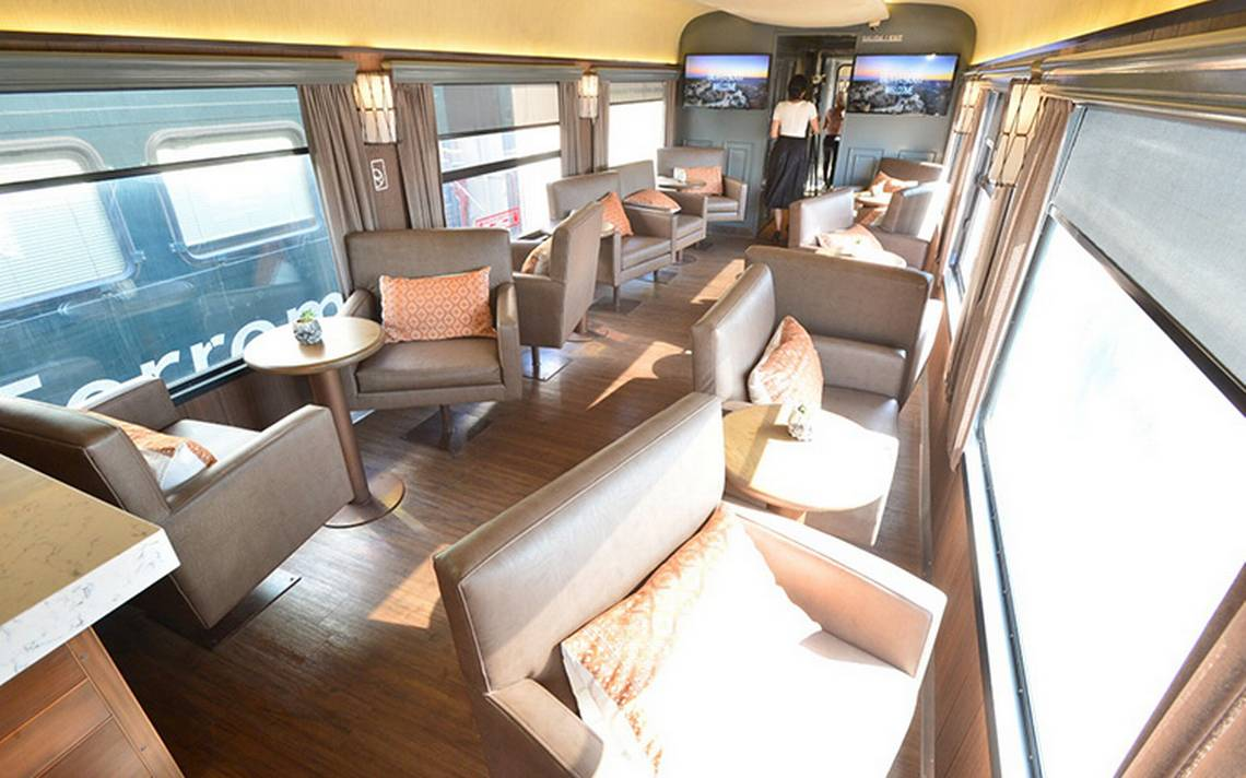 Inauguran ferrocarril Chepe Express en Chihuahua