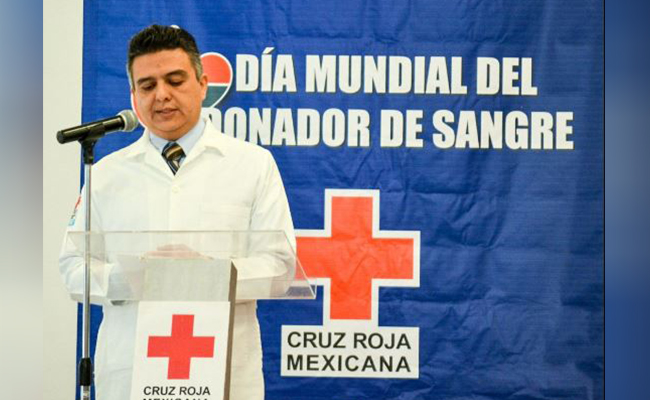 Hombre dona 116 veces sangre, Cruz Roja Mexicana le rinde homenaje