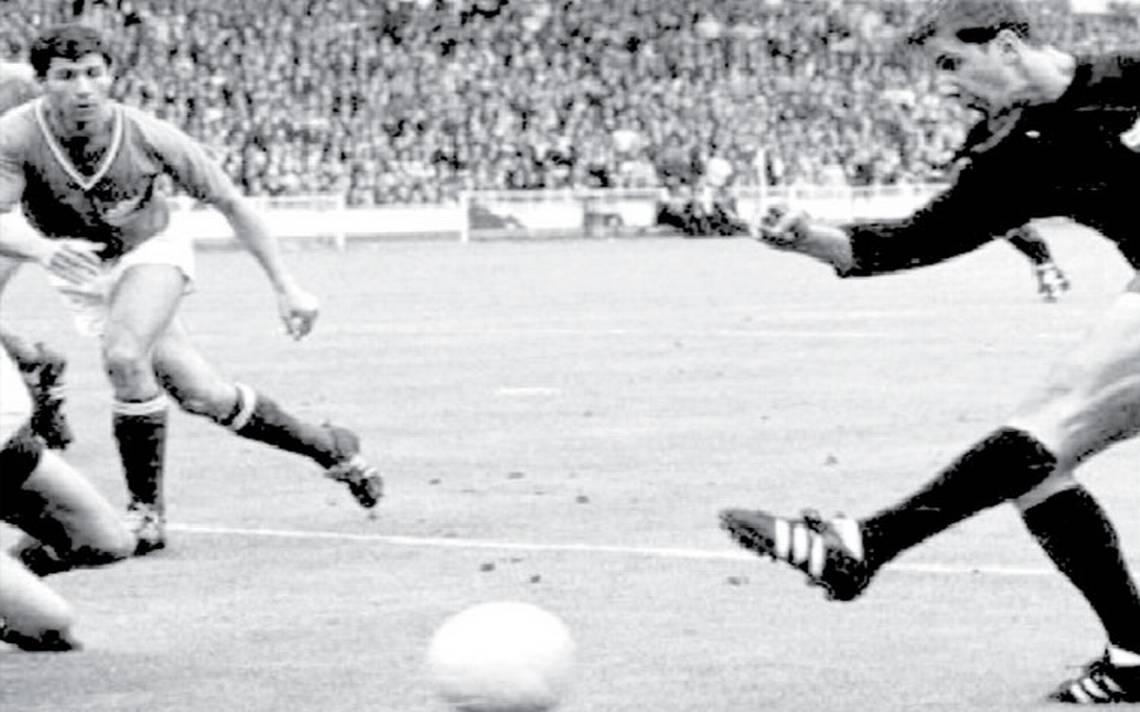 Enrique Borja, el máximo goleador del Tricolor durante 26 años