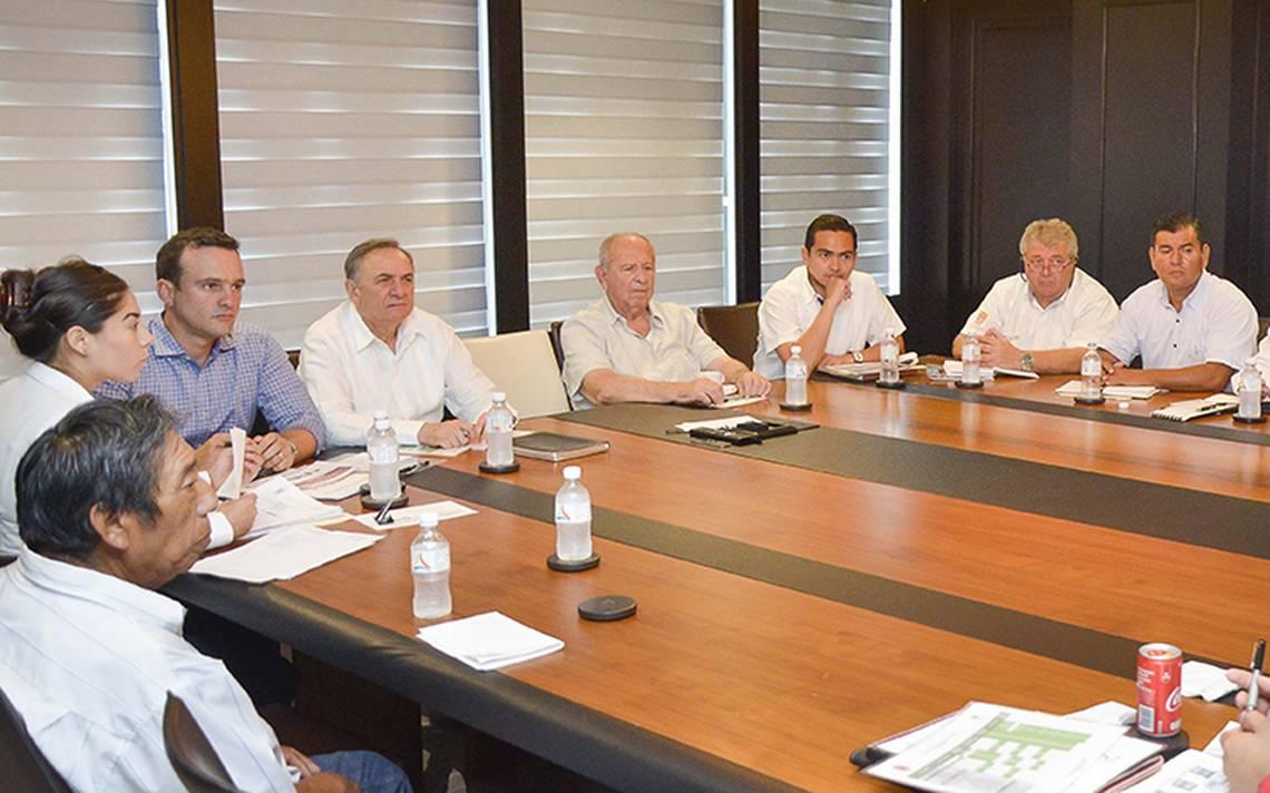 Evalúan obras y acciones sociales en Campeche