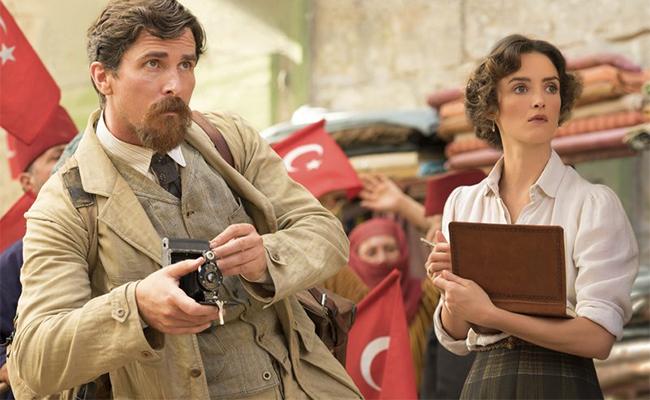 Christian Bale se convierte en reportero de AP