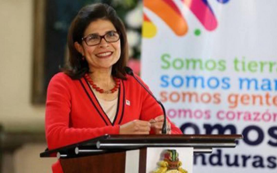 Peña Nieto lamenta fallecimiento de la hermana del presidente de Honduras