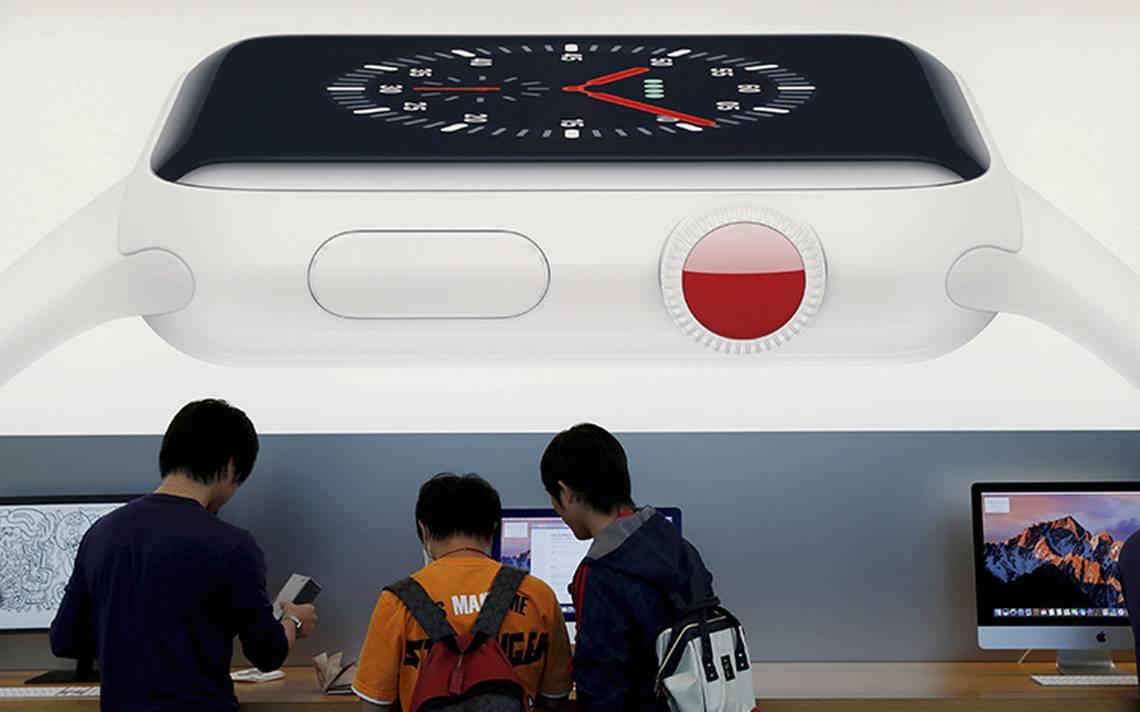 Trump recomienda a Apple fabricar en EU para evitar golpe de aranceles