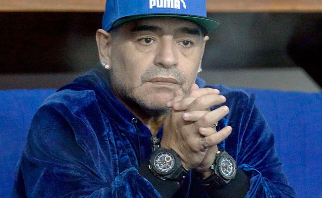 El fútbol argentino está quebrado: Maradona