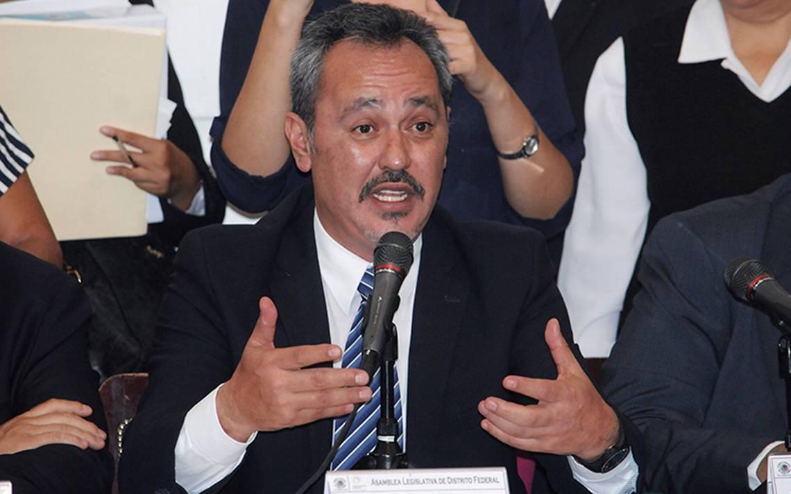 Entregan a delegado de Tláhuac expediente sobre destitución