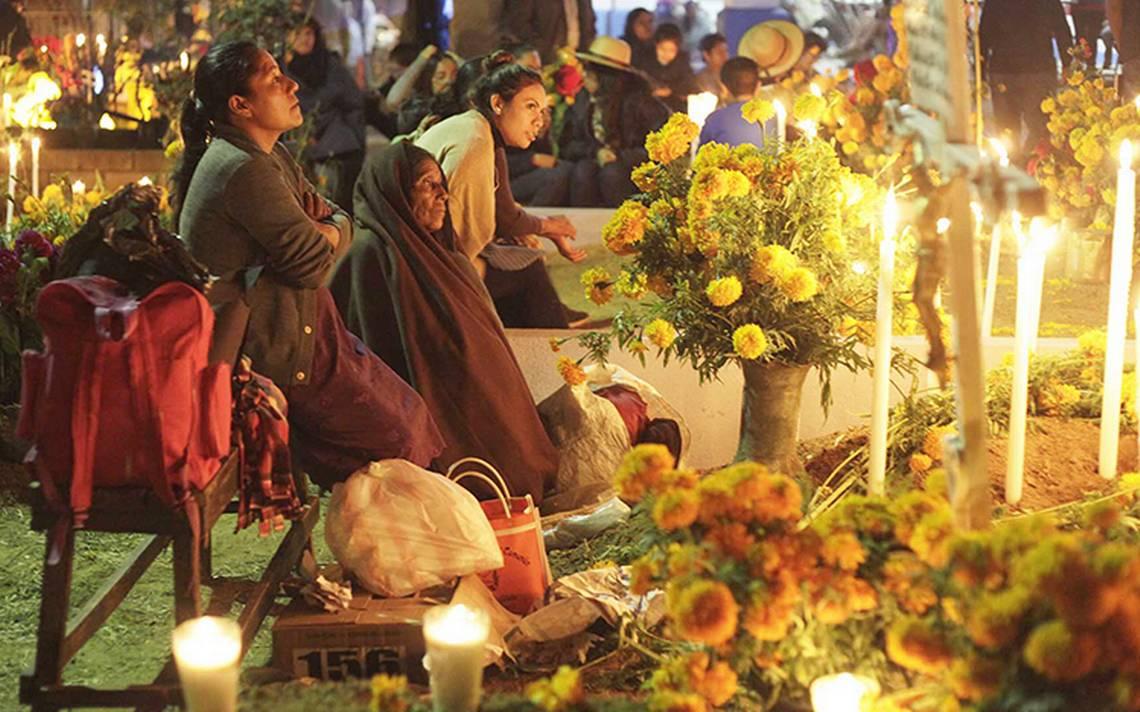 Recuerdan a las víctimas de los sismos