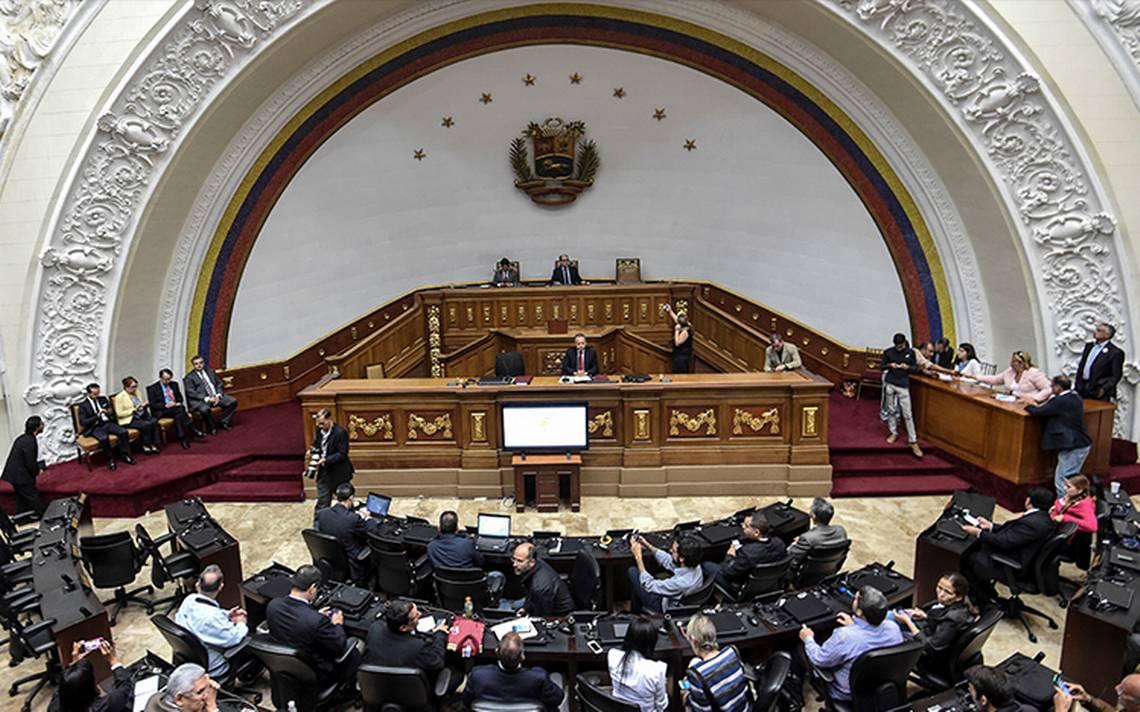 México condena retiro de inmunidad a diputado venezolano, Freddy Guevara