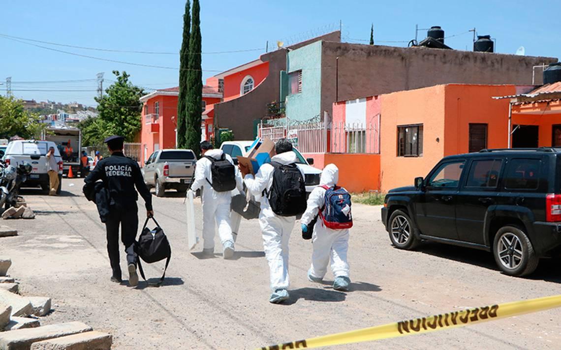 IJCF analiza restos de recipientes hallados en finca asegurada en Tonalá