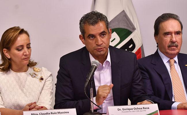 Enrique Ochoa reitera en INE que no hubo rebase de elecciones en Coahuila