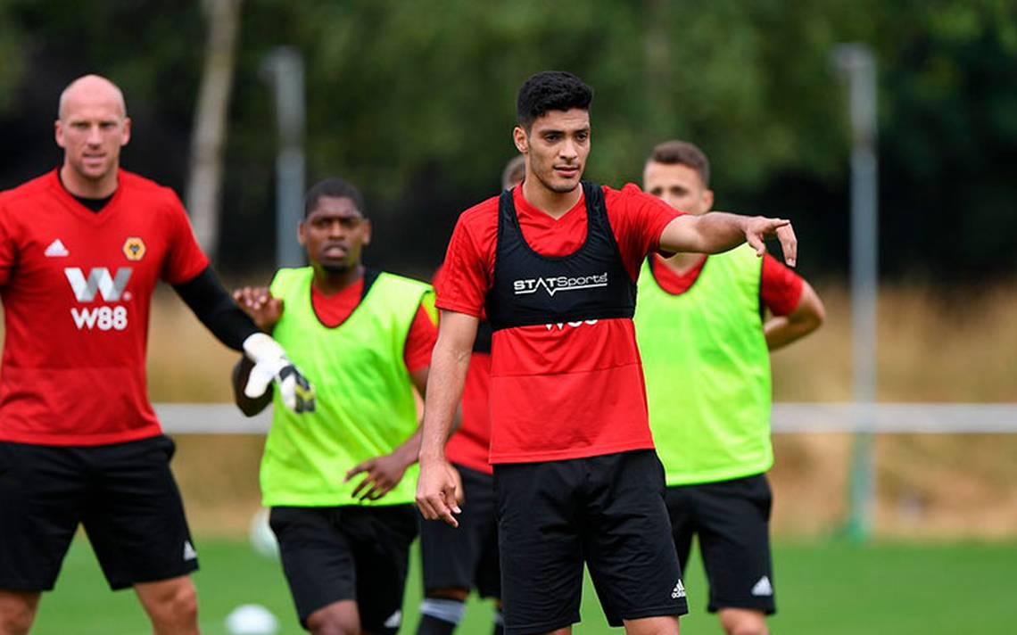 Raúl Jiménez ya entrenó con su nuevo equipo el Wolverhampton