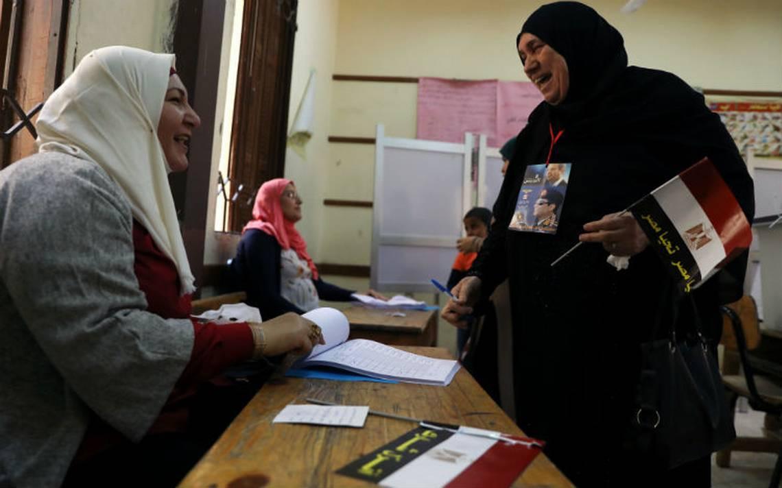 Egipto inicia elecciones de tres días para ungir a Al Sisi