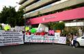 A 10 meses del sismo, damnificados  que demandan apoyo bloquean Universidad