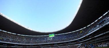Falla pasto híbrido en el estadio Azteca
