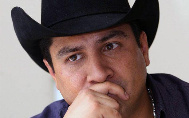 ¿Julión Álvarez cayó en una fuerte depresión? El cantante rompe el silencio