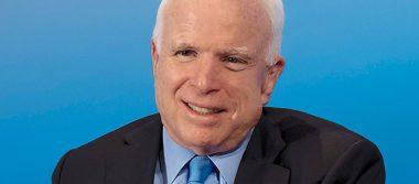 Dictaduras inician al reprimir a la prensa: McCain a Trump