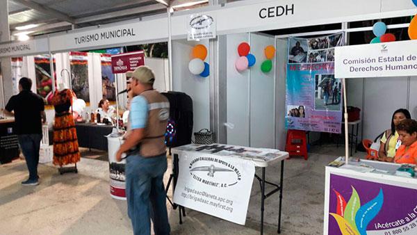 Brigada Callejera está en la FTM para promover uso de preservativo