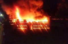 Se incendia bodega en la central oriente