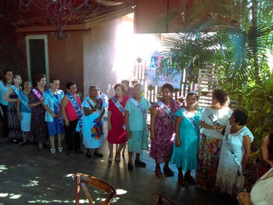 Tapachultecos se olvidan de sus abuelitos