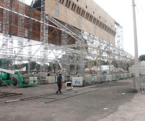 Ya instalan réplica de la Capilla Sixtina