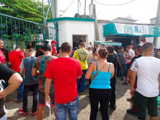 Afectan en trámites de regularización migratoria expone Brigada Callejera