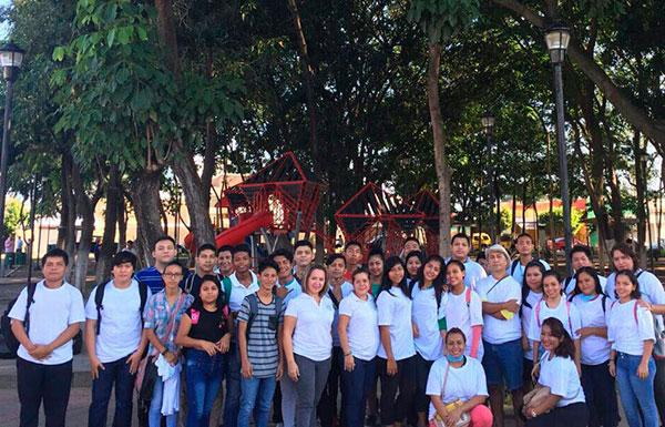 Se unen para limpiar calles sucias de Tapachula