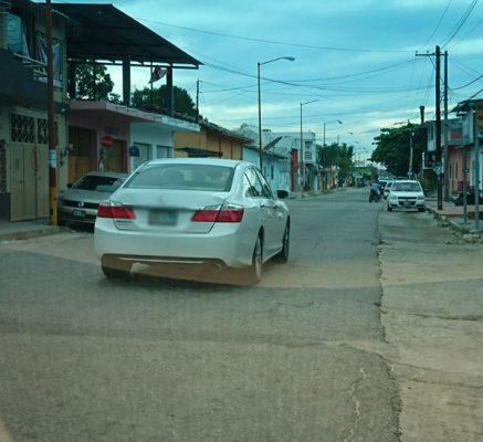 Roban vehiculo con violencia en Mapastepec