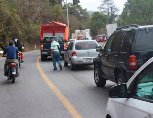 Bloquean carretera Huitla-Motozintla