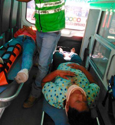 Accidente de motocicleta deja dos lesionados en Acapetahua