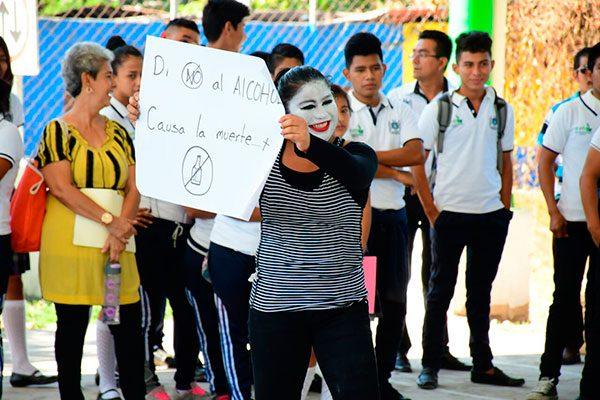 Organizan semana de prevención de alcoholismo en escuelas de la frontera