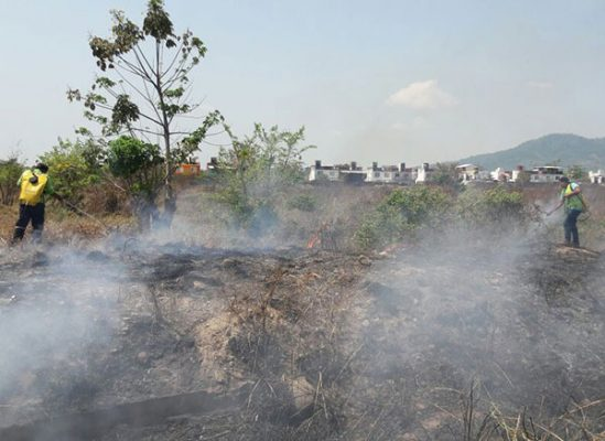 Imparables incendios en la región, gente sin conciencia los inicia