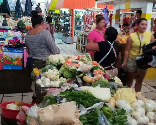Sube el precio de verduras, abarrotes y carnes