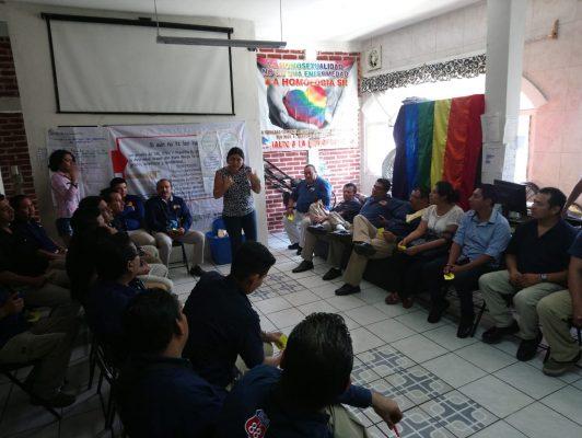 Educan a taxistas de Tapachula para prevenir casos de VIH/Sida