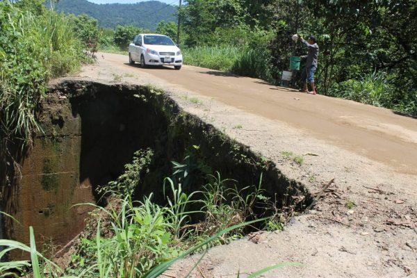 Salida Huixtla-Villa Comaltitlán, un peligro para automovilistas