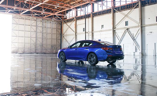 Acura realiza primera experiencia de conducción en realidad aumentada