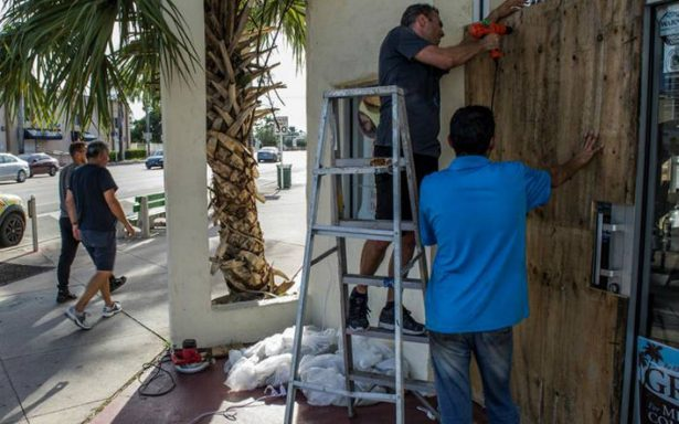 Florida ordena evacuación de 5.6 millones de personas por Irma