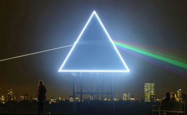 "Subastarán consola que usó Pink Floyd para grabar ""The Dark Side Of The Moon"""