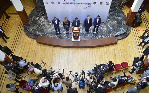 Condenan eliminación de fondos para programas de atención a migrantes