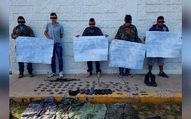 Capturan a presuntos miembros del cartel de 'El Jaguar' con narcomensajes