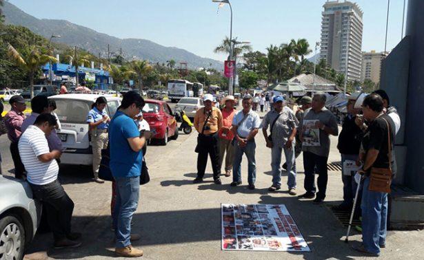 Protestan periodistas en Acapulco por caso Monluí