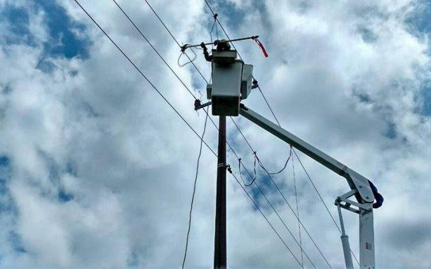 CFE restablece servicio al 99 por ciento en zonas afectadas por Katia