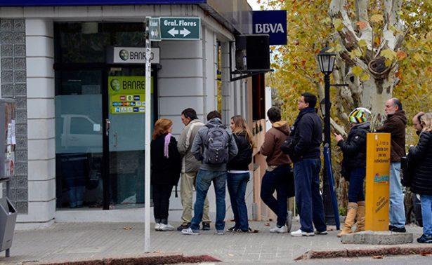 Exige Braulio prohibir cobro por usar cajeros