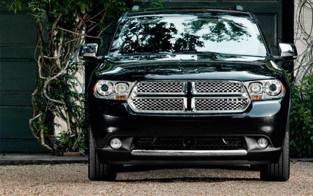 Llaman a revisión a 21 mil 139 vehículos tipo SUV de Chrysler