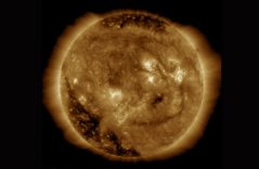 """¡Pura alegría! NASA captura """"la sonrisa"""" del Sol"""