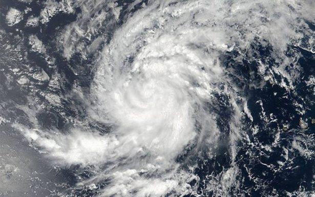 Irma se convierte en huracán de categoría 5 rumbo a las Antillas Menores
