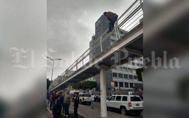 Amaga con suicidarse desde puente de la ciclovía frente al ISSSTE