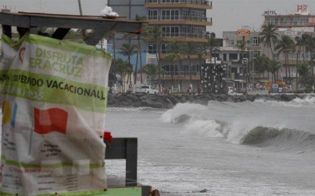 Katia afecta a decenas de casas en Veracruz; reportan deslaves