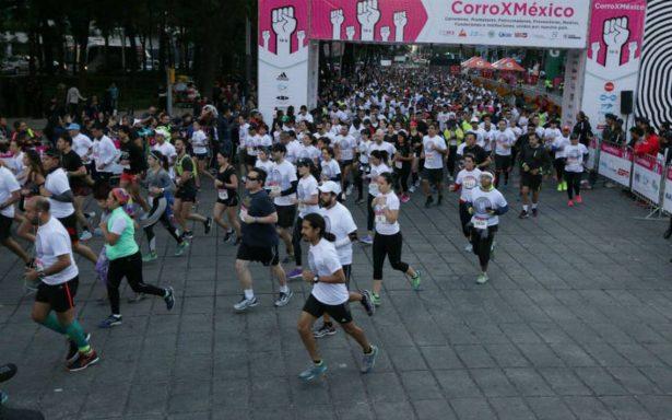 Capitalinos participan en la carrera #CorroXMéxico en apoyo a damnificados del sismo