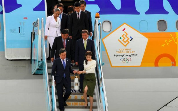 A 100 días de los Juegos de Invierno, fuego olímpico llega a Corea del Sur
