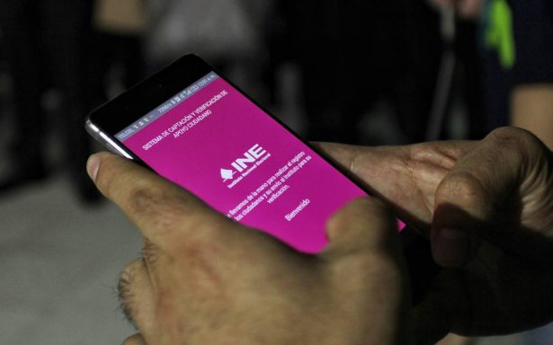 INE libera nueva versión de app para recolectar firmas